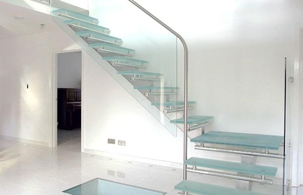 Moderne trappen fotospecial inspiratie tips - Hal ingang design huis ...