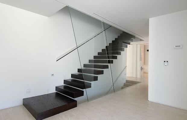Moderne trappen fotospecial inspiratie tips - Moderne houten trap ...