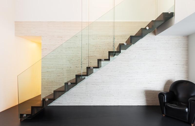 Design trappen realisaties prijs advies design trap for Kostprijs draaitrap