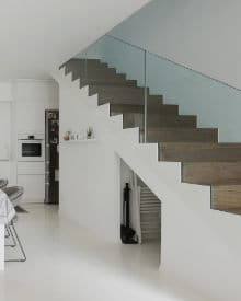 betonnen trap bekleden hout