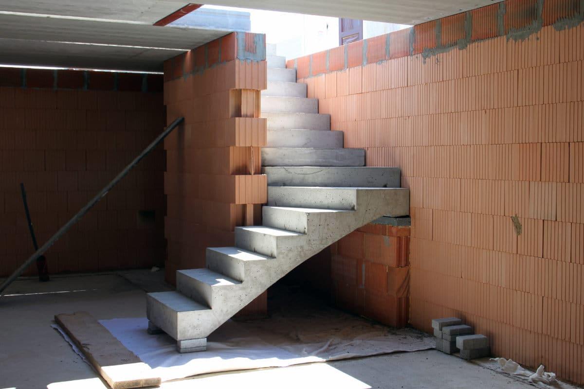 betonnen trap storten